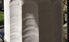 Carving column